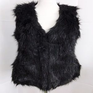 Xhilaration Faux Fur Vest Black V Neck Medium